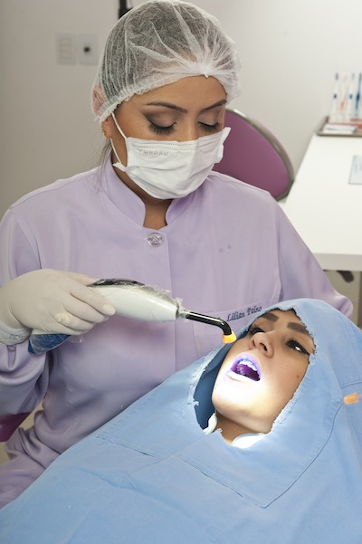 Dentística restauradora e estética em Curitiba - Clínica Odontowicz.